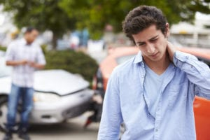 signs whiplash vehicle accidents